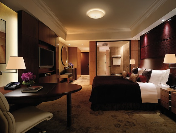 Guest Room At The Shangri La Hotel In Tokyo Which Nabbed Best Luxury 45 Star World Spot On TripAdvisors Travelers Choice Awards