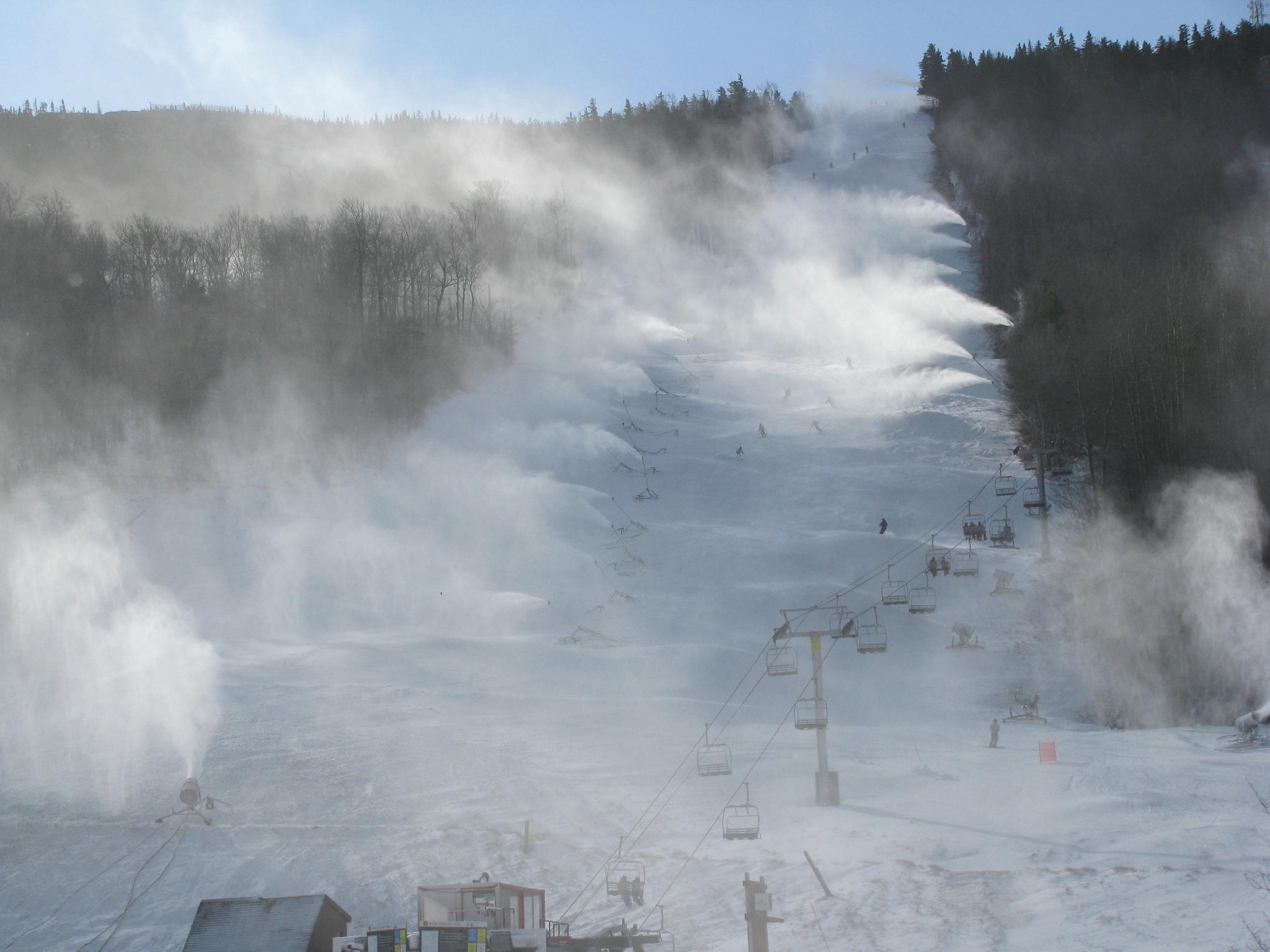 snowmaking_monday_morning.JPG