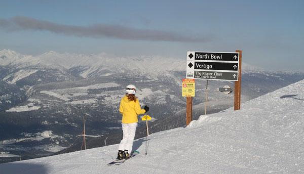 8revelstoke-mountain-resort-signs.jpg