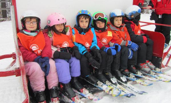 Got Little Kids And A Little Time Go Ski Next Week The Ski Guru Blog Boston Com
